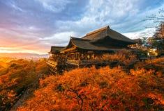 Kiyomizu-dera tempel i Kyoto, Japan Royaltyfri Bild