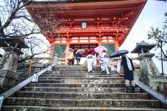 Kiyomizu-dera tempelport i Kyoto, Japan Fotografering för Bildbyråer