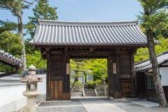 Kiyomizudera tempelport Arkivbild