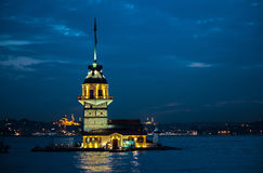 Kiz Kulesi i aftonljuset Royaltyfria Foton