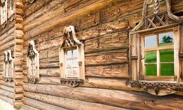Kizhi Drewniany dom, okno, zakończenie up Zdjęcie Stock