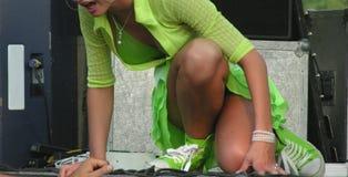 klädd sexig flickagreen Fotografering för Bildbyråer