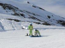 klädd snow för boarder colorfully Royaltyfri Fotografi