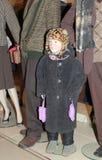 Klädd 80th stil för pojke skyltdocka Arkivbilder