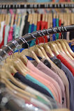 Kläder i diversehandel royaltyfria foton