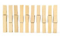 kläder pin trä fotografering för bildbyråer