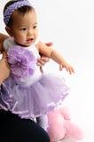 klänningar blommar ungen som Arkivfoto