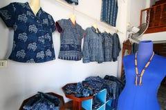 klänninglocalen shoppar Royaltyfri Bild