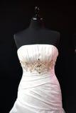 klänningskyltdockabröllop Arkivbild