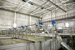 Klärwerk Filterausrüstung für Abwasseraufbereitung von den festen Verunreinigungen Lizenzfreie Stockbilder
