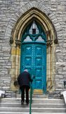 Klättra den kyrkliga trappan, Ottawa royaltyfri foto