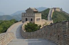 Klättra den stora väggen av Kina Royaltyfri Foto