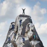 klättring till överkanten Royaltyfria Bilder