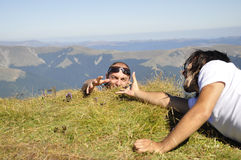 klättringmantoppmöte Arkivfoto