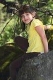 klättringutforskareflicka little Arkivfoton