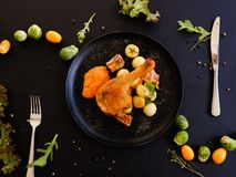 Klaar gemaakt de schotelontbijt van het kippenbeen Stock Afbeeldingen