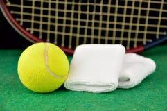 Klaar voor de tennisgelijke royalty-vrije stock afbeeldingen