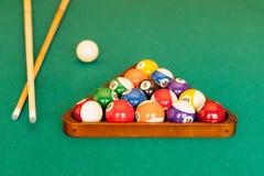 Klaar voor een spel van pool Royalty-vrije Stock Foto's