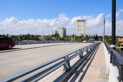 Klaffbro i intercoastal södra Florida royaltyfri fotografi