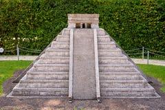KLAGENFURT, CARINTHIA, OOSTENRIJK - AUGUSTUS 07, 2018: Park Minimundus am Worthersee Modellen van de beroemdste historische gebou stock foto