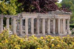 KLAGENFURT, CARINTHIA, OOSTENRIJK - AUGUSTUS 07, 2018: Park Minimundus am Worthersee Modellen van de beroemdste historische gebou royalty-vrije stock afbeelding