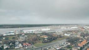 Klaipeda, Lithuanie Port maritime et la mer baltique banque de vidéos