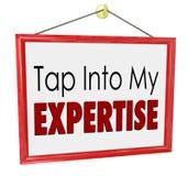 Klapp in i min konsulent Business Service för sakkunskaplagertecken Arkivfoton