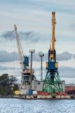 Klapprad längs hamnshorelinen Arkivfoto