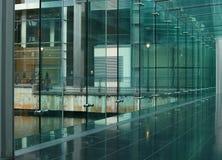 klar glasvägg Arkivfoton