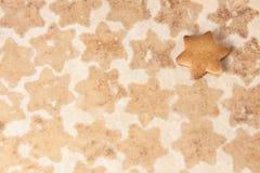 Klara ljust rödbrun kex matlagning Stekhett papper Arkivfoton