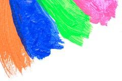 Klare Acrylfarbe auf weißem Hintergrund Stockbild