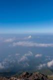 Klarer Himmel gut für das Wandern Stockfoto