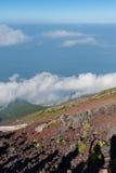 Klarer Himmel gut für das Wandern Stockfotos