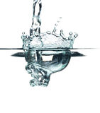 Klares blaues Wasser-Spritzen Lizenzfreie Stockfotos