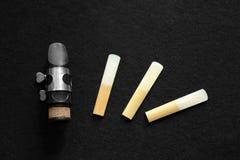 Klarinette-Mundstück und Reed Stockfotos
