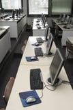 Klaslokaal 1 van de computer stock afbeeldingen