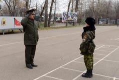 Klassen in boor in de kadetkorpsen van de politie Royalty-vrije Stock Fotografie
