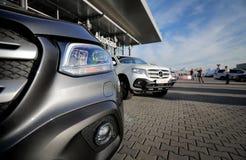 Klassen-Frontlogo Mercedes-Benzs X stockfotos