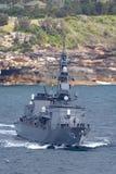 Klassenzerst?rer JS Makinami Takanami der Japan-Seeselbstverteidigungskraft Abreisesydney harbor lizenzfreie stockbilder