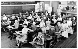 Klassenzimmer-Foto ab 1959 Stockbild