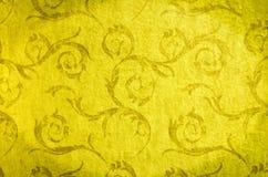 Klassiek behang naadloos uitstekend patroon op gouden achtergrond Stock Foto