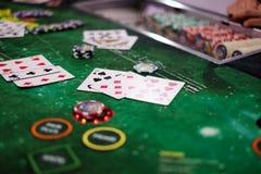 Klassiek blackjackspel in een casino Stock Foto's