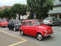 Klassiek Fiat 500 Italiaanse auto's royalty-vrije stock foto's