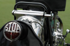 Klassiek motorfietsstoplicht Stock Afbeeldingen
