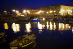 Klassiek Oud Italië, nacht in Syracuse, Sicilië Stock Foto's