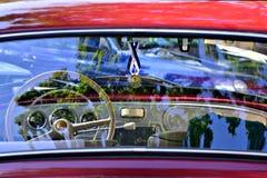Klassiek Rood Skoda Octavia Stock Afbeelding
