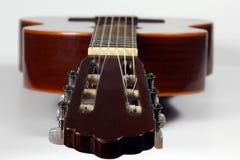 Klassieke akoestische gitaarclose-up Royalty-vrije Stock Afbeelding