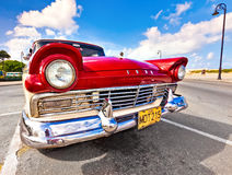 Klassieke Amerikaanse auto in Havana Stock Foto's