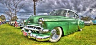Klassieke Amerikaanse jaren '50 Chevy royalty-vrije stock afbeelding