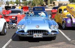 Klassieke Auto: 1958 Chevrolet-Convertibel Korvet Stock Fotografie